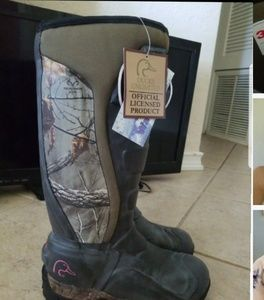 **SOLD**Womens ducks unlimited hunting boots